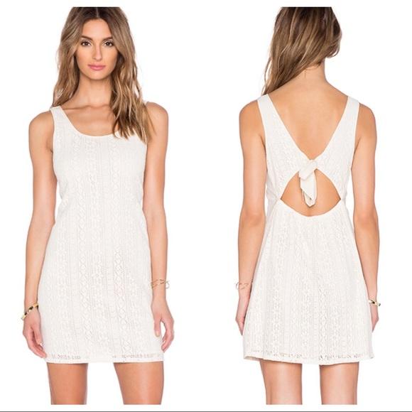 C&C California Dresses & Skirts - C&C California Lace Tie Back dress in vanilla